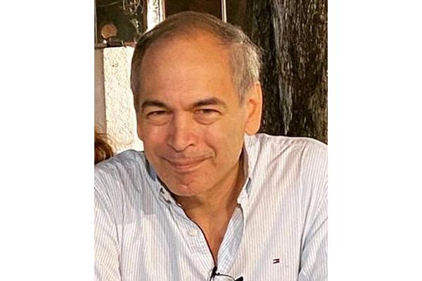 Dr. Aníbal Julio Acuña